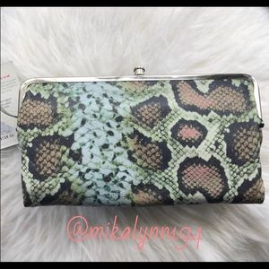 Brand New with tags Hobo Lauren wallet